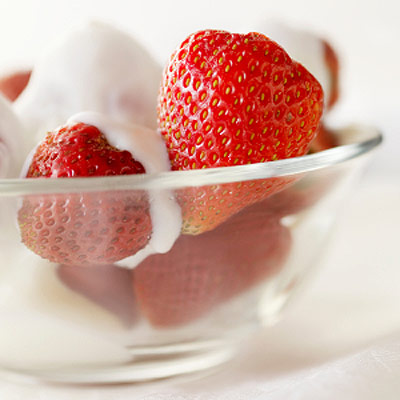 strawberriesyogurt